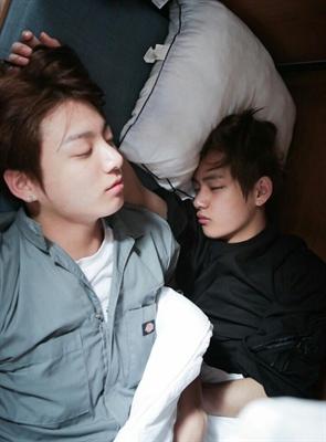 Fanfic / Fanfiction My Boyfriend's Psycho (Imagine Taehyung) (Imagine Jungkook) - Capítulo 12 - Fun morning