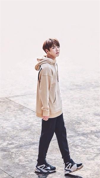Fanfic / Fanfiction Imagine Jungkook - Bem Me Quer, Mal Me Quer - Capítulo 2 - A Mudança e o garoto do sorriso encantador
