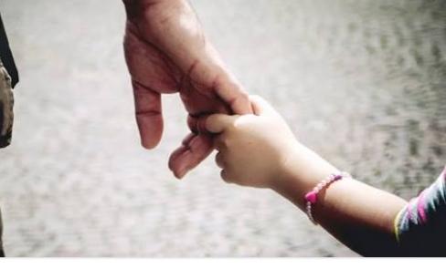 Fanfic / Fanfiction TRAUMAS - Capítulo 25 - Pais e filhas.