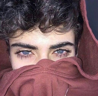 Fanfic / Fanfiction Vampire - Capítulo 12 - Capítulo 12- Menino dos olhos azuis