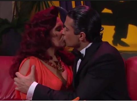 Fanfic / Fanfiction Conhecendo o amor - Capítulo 3 - O beijo