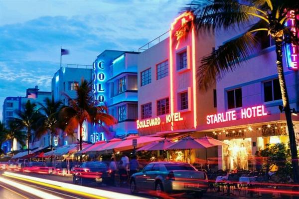Fanfic / Fanfiction My Secretary - Capítulo 8 - Miami Part 2