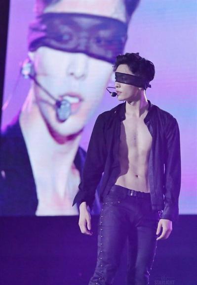 Fanfic / Fanfiction Ohh Meu Chefe - Imagine Lay EXO - Capítulo 14 - Lábios Carnudos Parte: 2