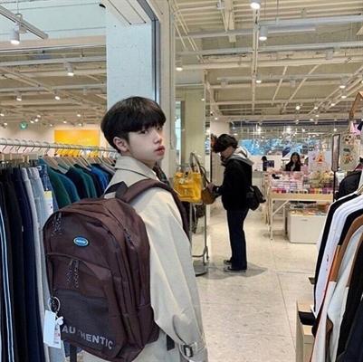 Fanfic / Fanfiction Boyfriend Material - Capítulo 5 - Son Dongpyo