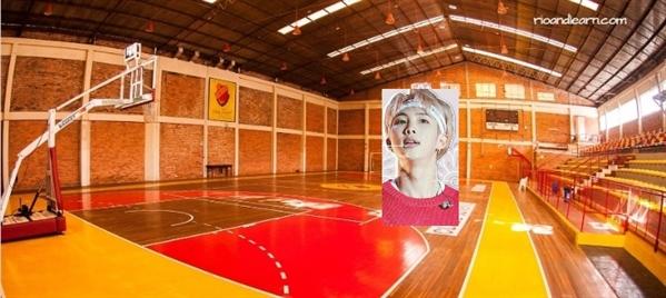 Fanfic / Fanfiction Imagine kim namjoon: conhecidos de infância - Capítulo 4 - Namjoon entra pro time de basquete...