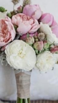 Fanfic / Fanfiction UM AMOR CORRESPONDIDO - Capítulo 4 - As flores