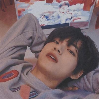 Fanfic / Fanfiction Amor de Meia Noite 00:00 ( kim taehyung) - Capítulo 1 - Você estava lá..