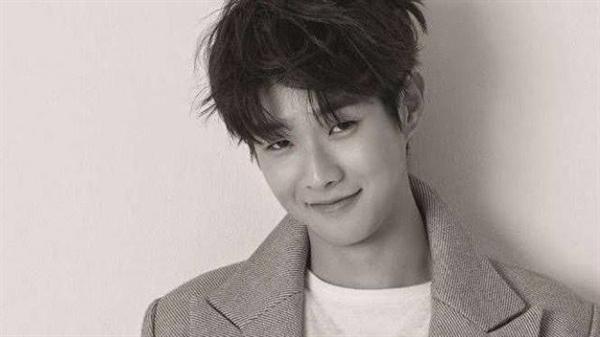 Fanfic / Fanfiction Dias da semana - Choi Woo Shik - Capítulo 1 - Capítulo Único