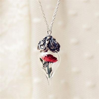 Fanfic / Fanfiction O Padre ( Jikook ) - Capítulo 14 - A rosa de vidro