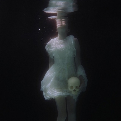 Fanfic / Fanfiction Submersa - Capítulo 1 - Respirando nessas bolsas de ar;