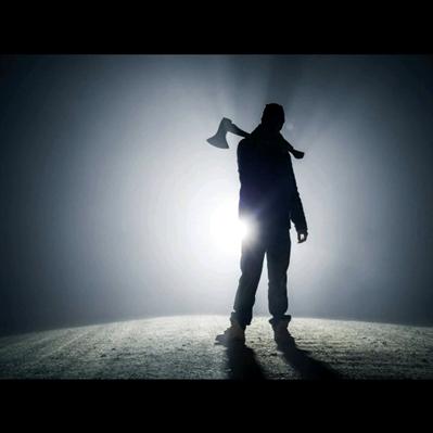 Fanfic / Fanfiction The Cases - Capítulo 2 - The second case (O homem do machado pt. I