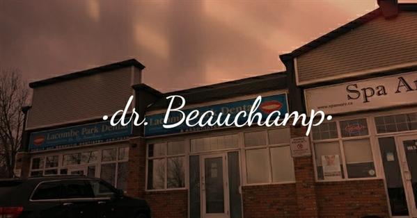 Fanfic / Fanfiction O vizinho - Capítulo 1 - Ellie Clarke - A Clínica do Dr. Beauchamp