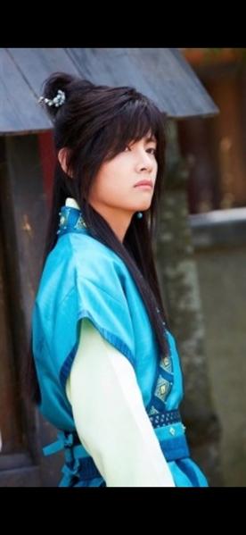 Fanfic / Fanfiction Um Amor Entre Reinos Rivais (TaeGi ABO) - Capítulo 6 - Lobo se apaixonando