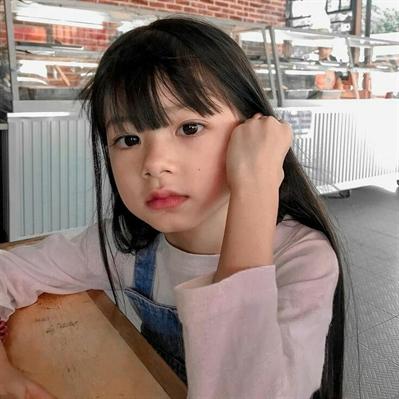 Fanfic / Fanfiction ChungHa -The Babysitter - Capítulo 2 - Heejin