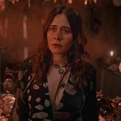 Fanfic / Fanfiction A Bruxa e a Polícial - Capítulo 2 - Não pense demais