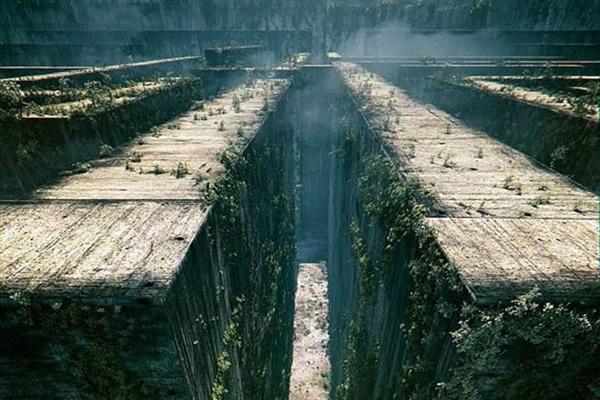 Fanfic / Fanfiction A Primeira Clareana - Capítulo 8 - Noite no labirinto