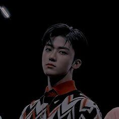 Fanfic / Fanfiction Ridin (Jaemin-NCT) - Capítulo 1 - Vida dupla