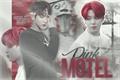 História: Pink Motel
