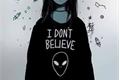 História: I Don't Believe In Humans (Amor Doce)