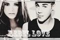 História: Rebel Love
