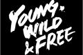 História: Young, Wild Free