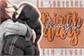 História: Birthday Hugs