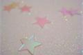 História: Glitter and small shiny stars
