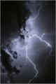 História: Storm in the dark