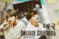 História: Amizade Colorida - Taekook