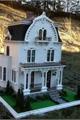História: Dollhouse Hotel