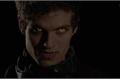 História: The Beauty and the Beast Werewolf...- Isaac Lehey (HIATUS)