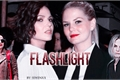 História: Flashlight