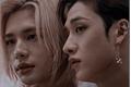 História: Sentando (HyunChan)