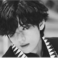 Usuário: kimgguk__
